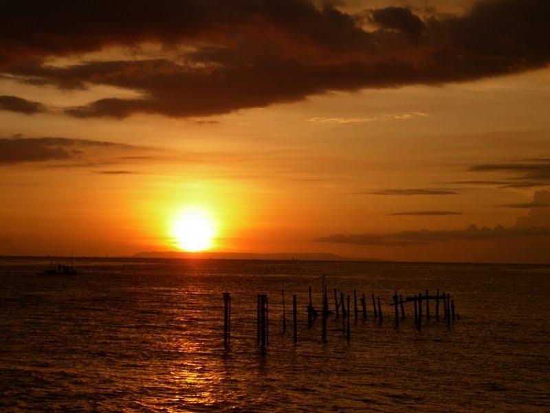 5 Lokasi Hunting Sunset Terbaik Pulau Lombok